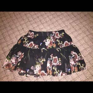 garage xs, black floral skirt